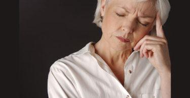 Asocian menopausia con deterioro cognitivo
