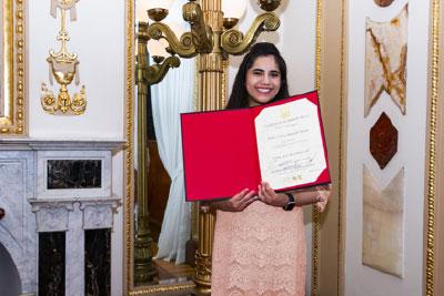 Con sólo 17 años, Dafne estudiará posgrado en Harvard