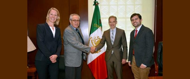 Negocian México y Dinamarca medicamentos gratuitos; iniciarían en Tabasco