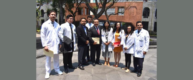 Fija Ssa compromisos con médicos residentes