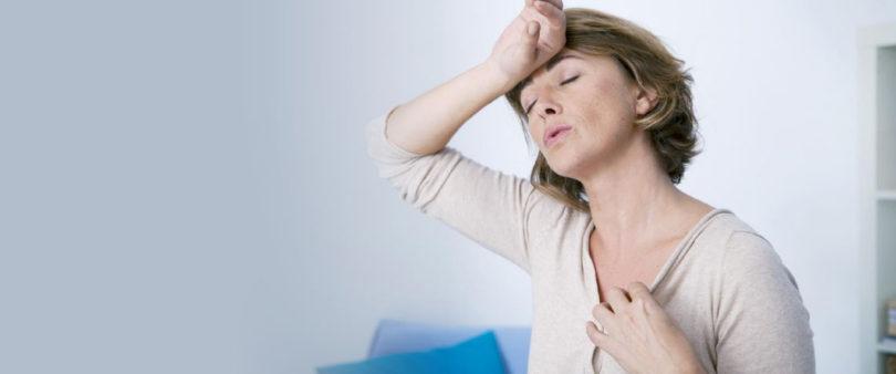 Llegar a la menopausia antes de los 50 años causa complicaciones